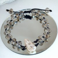 Shimmery Pearl Bracelet
