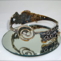 Coquillage Bangle Bracelet