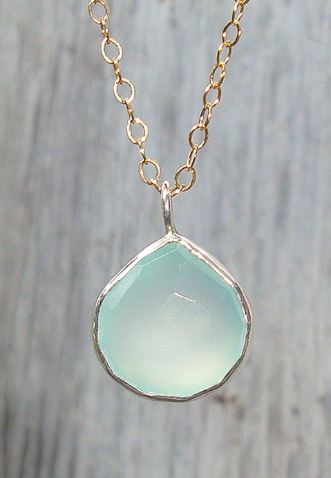 Silver Set Chalcedony Necklace