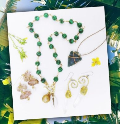 Green Malachite Cowry Necklace